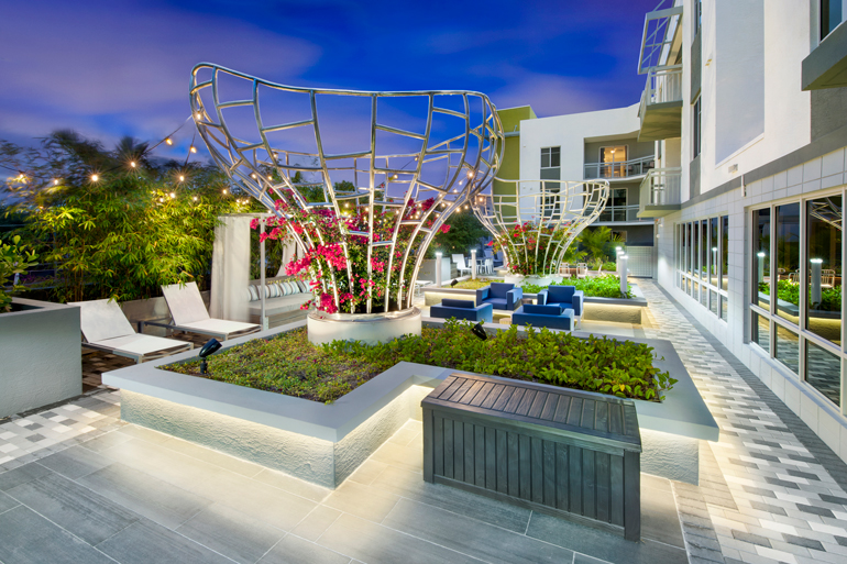 Venus Williams Starring in New York with Incredible Projects on the Radar incredible projects Venus Williams Starring in New York with Incredible Projects on the Radar 10VW 7 SOFA Delray Beach  Bougainvillea Courtyard 1