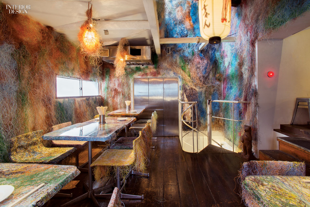 Funky chicken kengo kuma reimagines tetchan restaurant for Restaurant interior design inspiration
