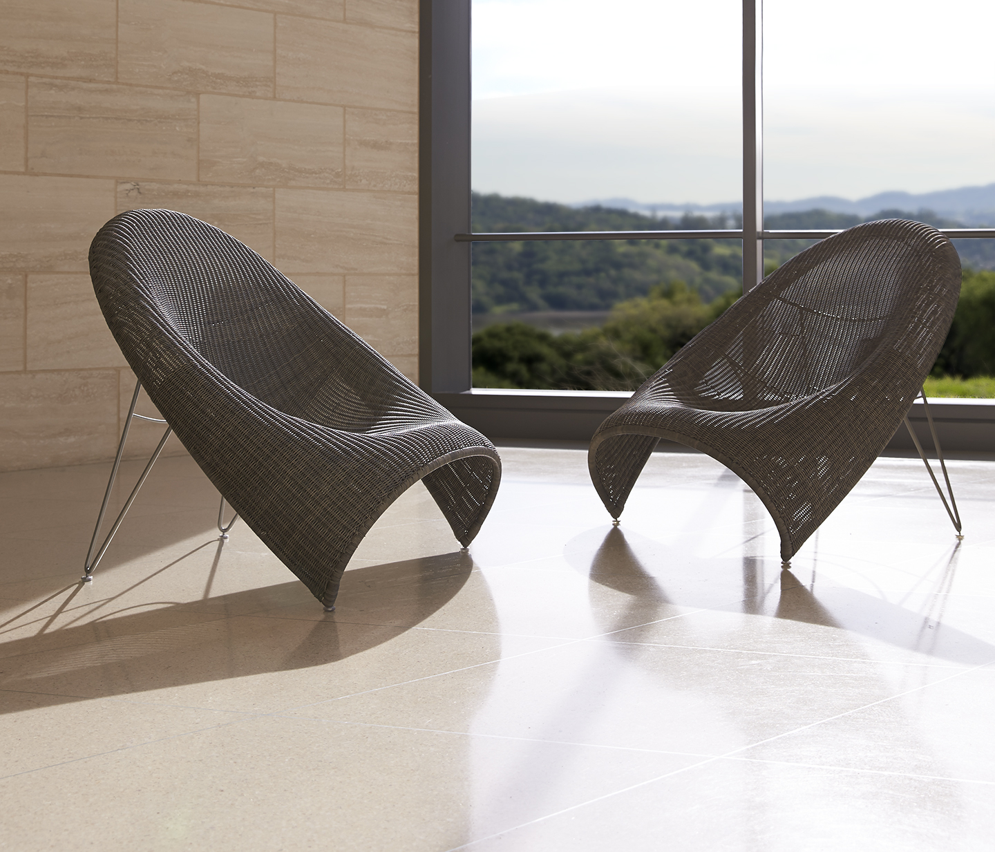 Poltrona frau group and haworth acquire janus et cie for Janus et cie