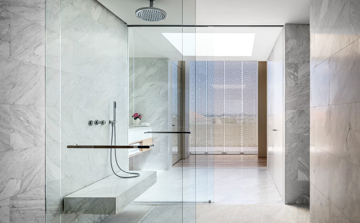 April Showers 20 Bathrooms With Gorgeous Shower Designs