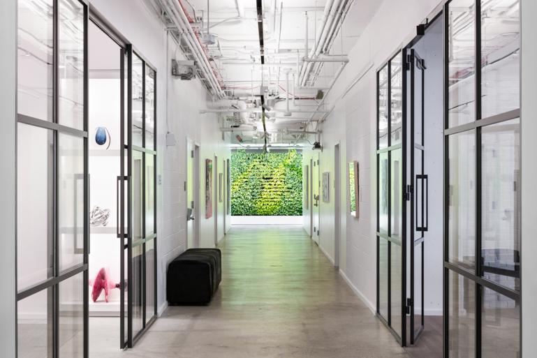 Carte Black Galerie Lafayette.Gensler Fashions A New Brooklyn Showroom For Lafayette 148