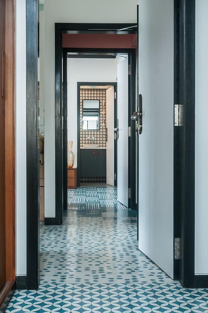 Muselab Tiles An Apartment In Mumbai With 21st Century Art