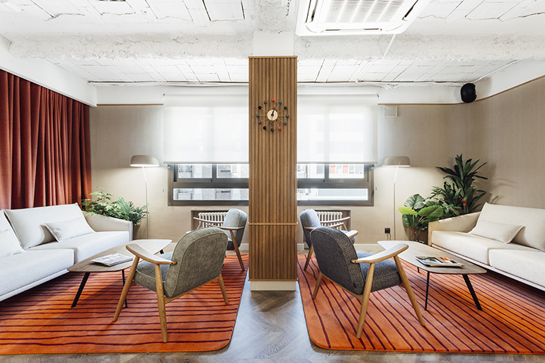 The Clientu0027s Own Vintage George Nelson Clock Centers A Symmetrical  Arrangement Of Costura Sofas And Solapa Tables, All By Stua, Upon Rugs By  Now Carpets.