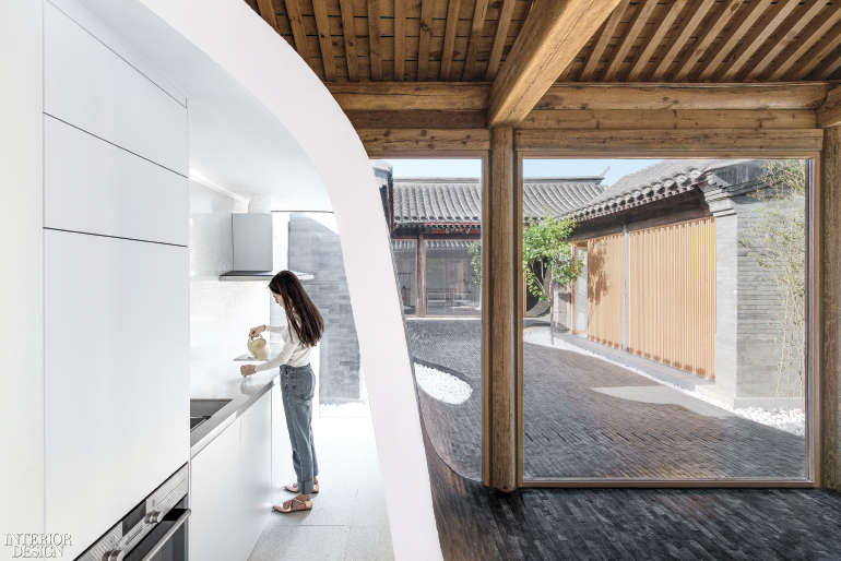 Hutel twisting courtyard by archstudio 2017 best of year for Cloud kitchen beijing