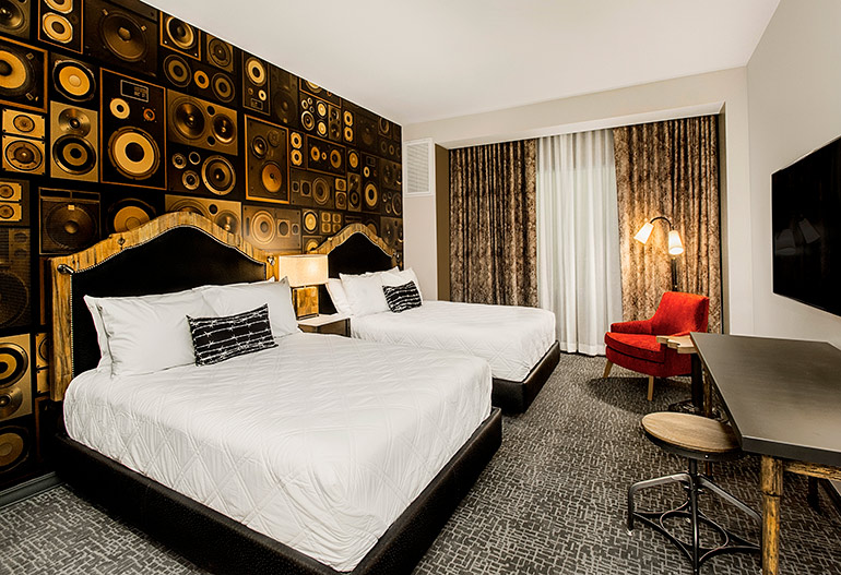 Astek S Graphic Wall Covering Defines 8 Hospitality Projects