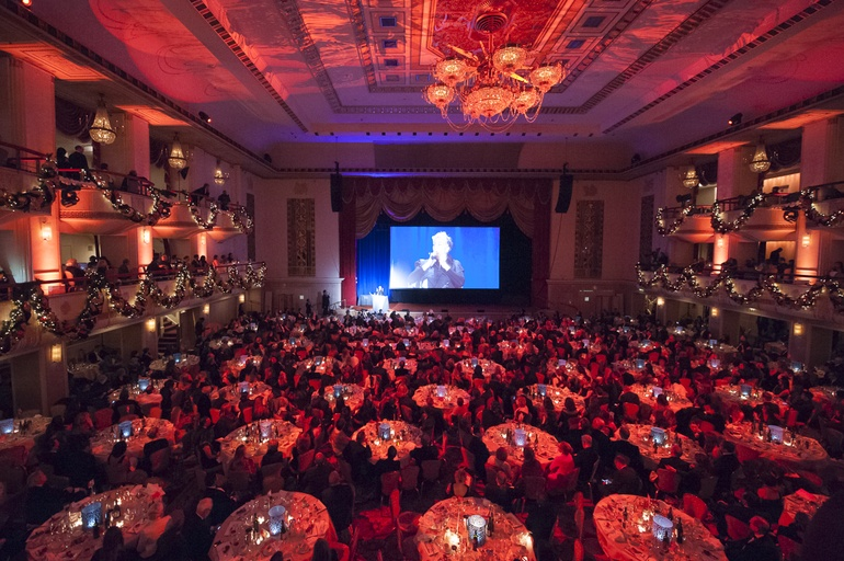 1300 Attendees Filled The Grand Ballroom At Waldorf Astoria In New York Photography By Carrie Draghi
