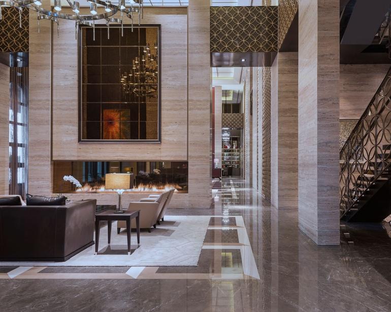 2014 Hospitality Giants Growth