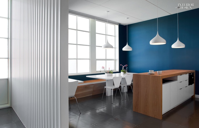 2014 boy winner small corporate office for Small interior design firms