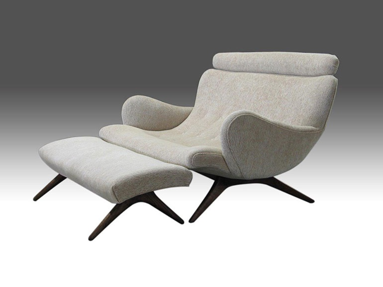 Contour Couples Sofa And Ottoman. Image Courtesy Of Ralph Pucci  International.