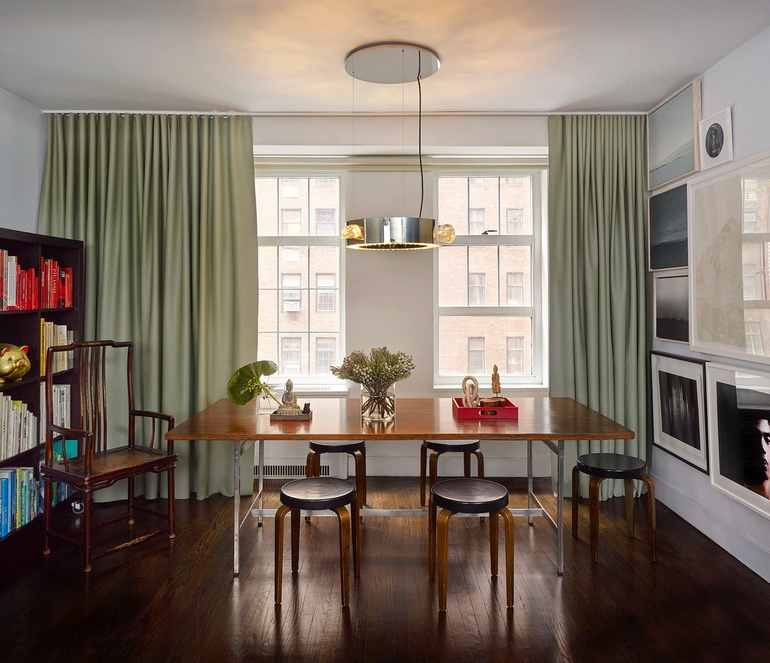 New York Appartment: The Cozy New York Apartment D.B. Kim Calls Home