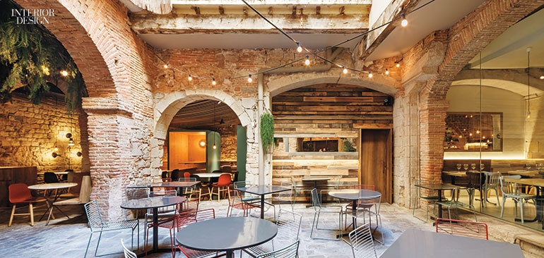 14 Distinctive Brick Interiors
