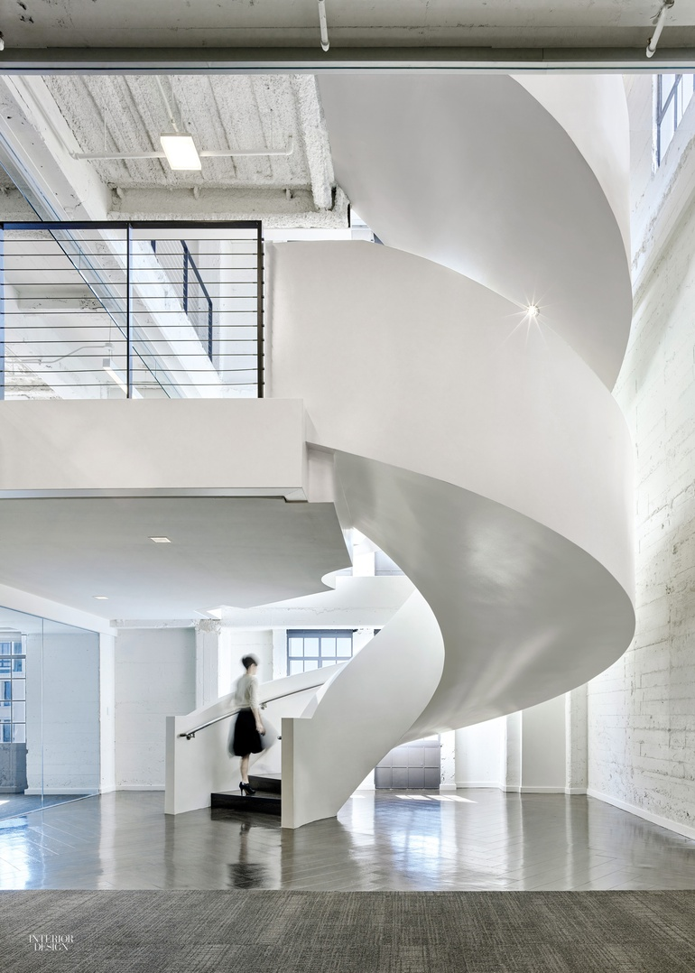 8 simply amazing spiral staircases for What s an interior designer