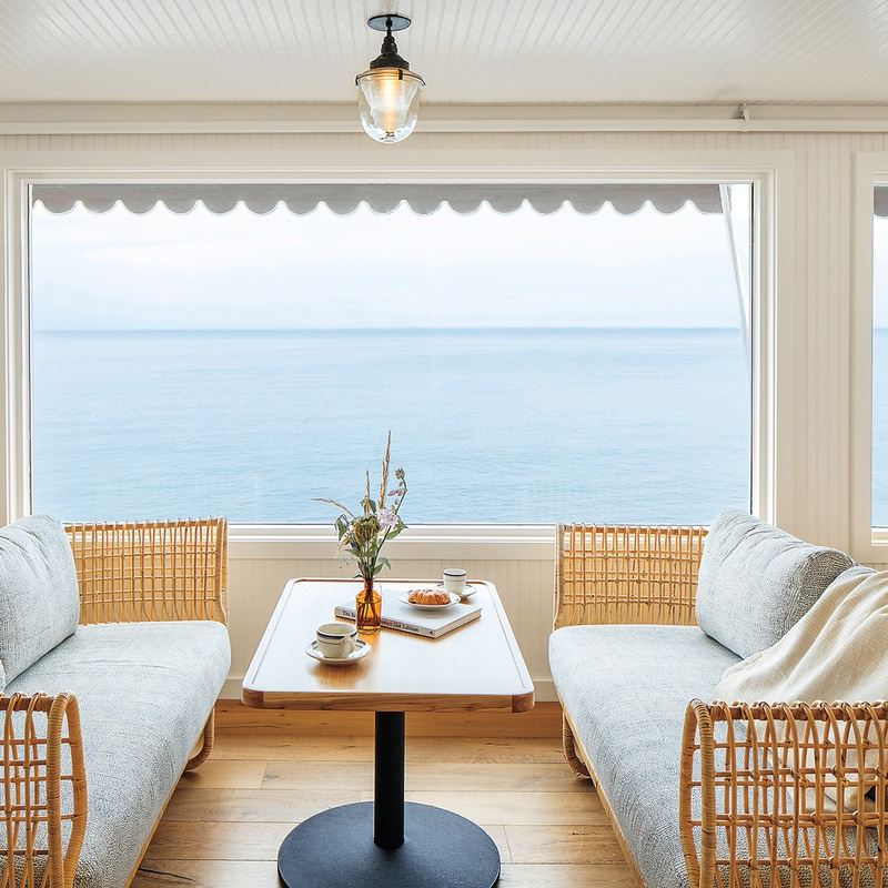 Studio Tack Turns A 1950s Motel Into Sound View Greenport New North Fork Getaway