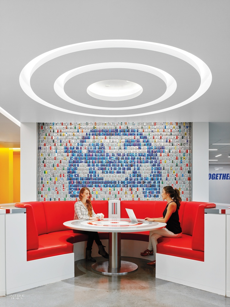 Slides And Cars Fill The Bold Edmunds Com Hq By M M Creative Studio