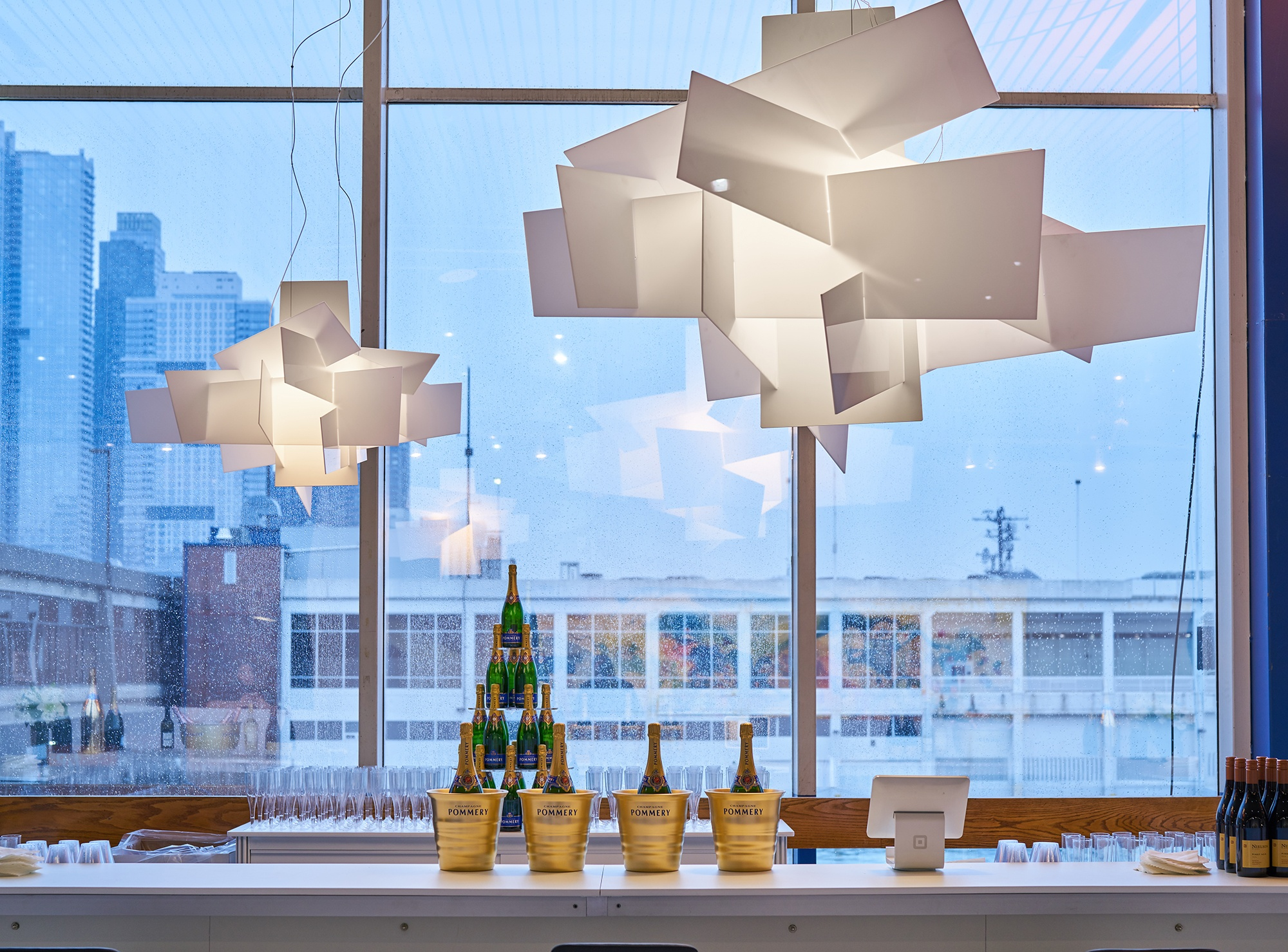 https://d4qwptktddc5f.cloudfront.net/foscarini-big-bang-armory-show.jpg