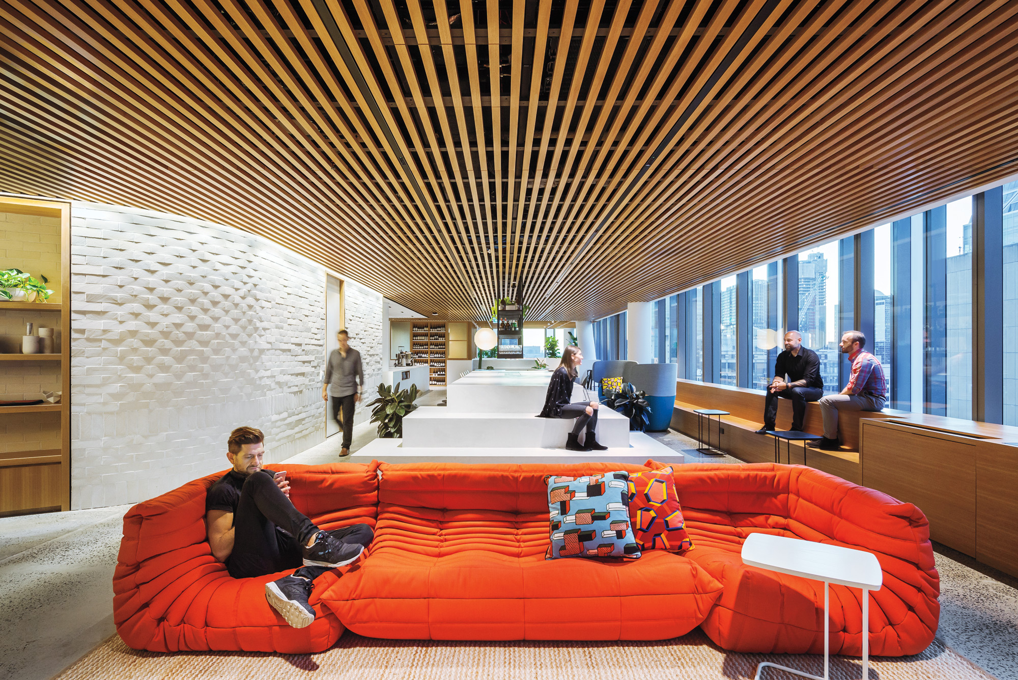 Dropbox S Intimate Sydney Office Channels The Home