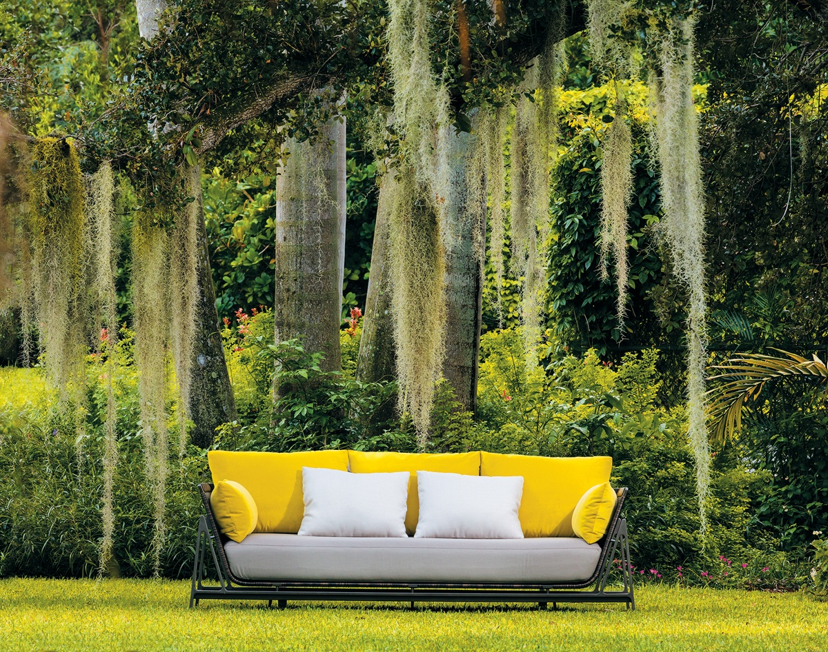7 Stylish Outdoor Furniture Options - Interior Design