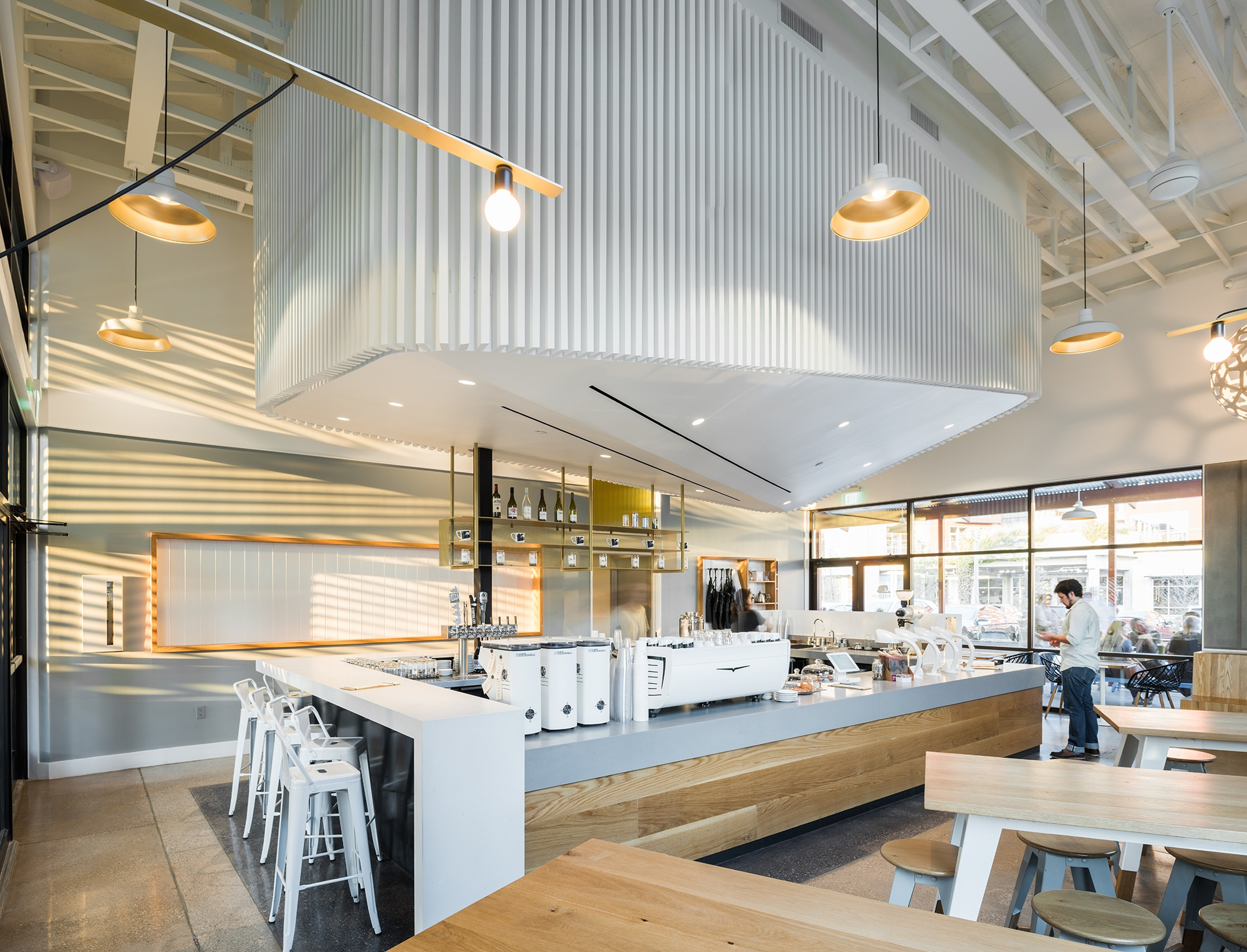 10 international coffee shops for Kitchen design shops