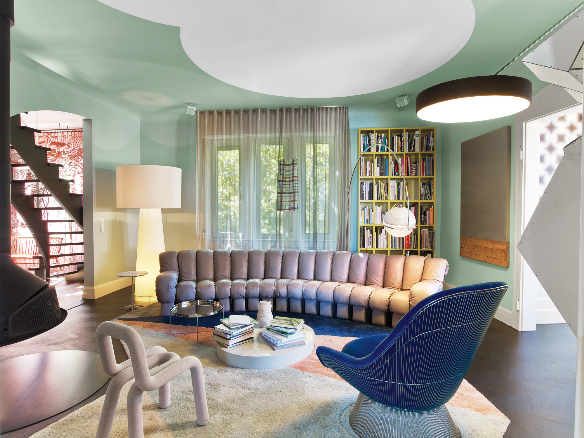 The stuttgart home of designers peter ippolito and stefan for Peter ippolito