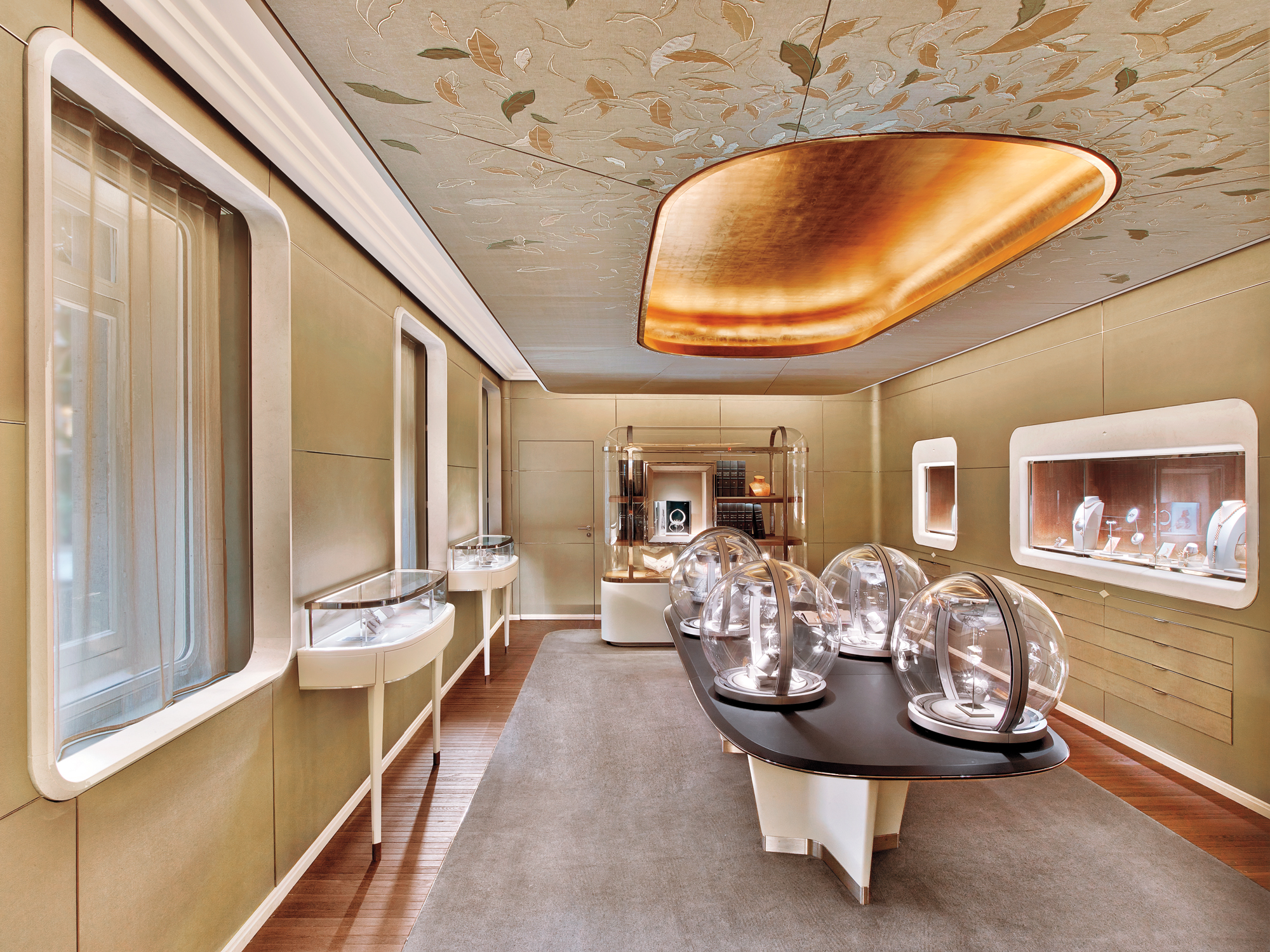 Van cleef arpels by jouin manku 2016 best of year for Design interieur paris