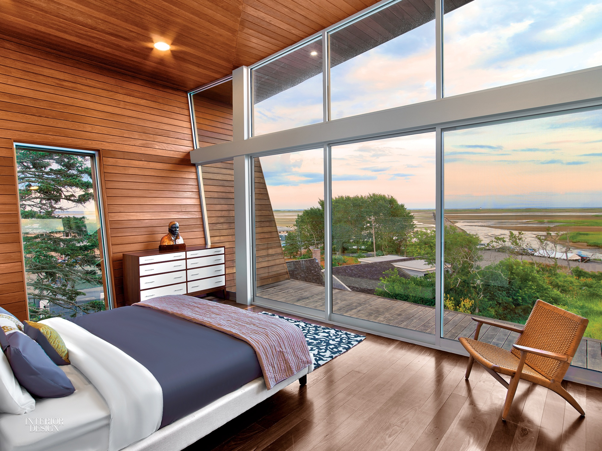 10 Bright And Modern Beach Houses