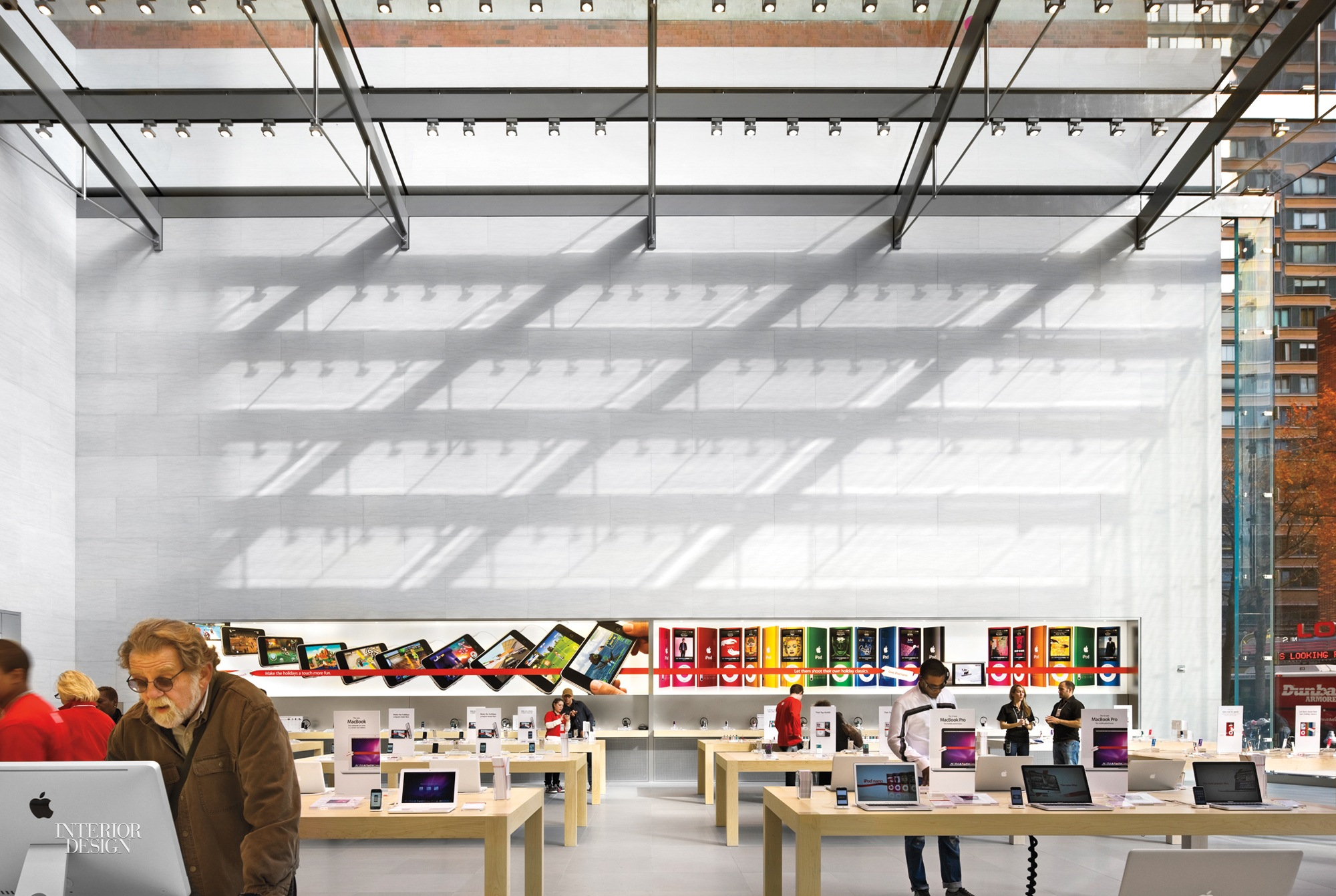 The Upper West Side Apple Store, New York, 2009. Photography By Peter  Aaron/Esto.