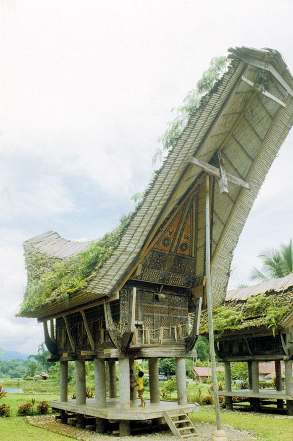 Exhibit Tours Vernacular Architecture in 40 Models