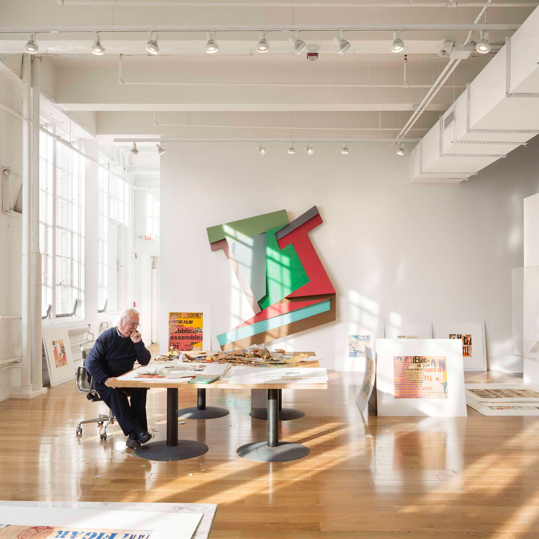 Richard meier takes over interior design s instagram for Office design instagram