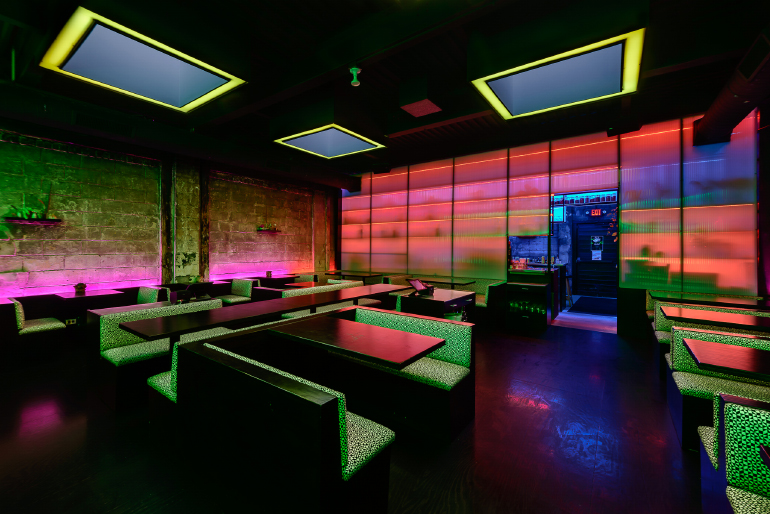 Detroit Eatery By Undecorated Mimics Bangkok S Bright Lights
